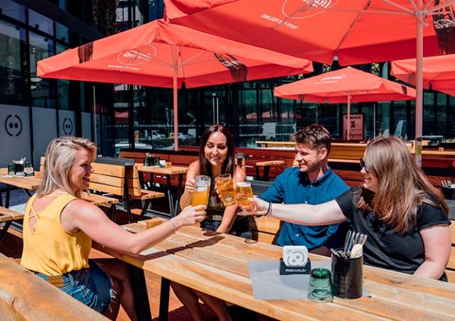 Минпромторг Чехии назвал самую раннюю дату открытия ресторанных террас