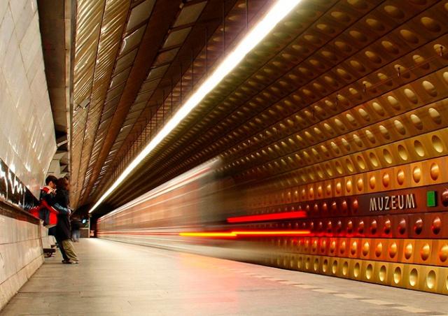 Прага решила не возвращать метро к режиму «последний поезд в полночь»