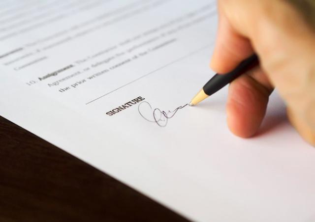 Договор подряда в Чехии: 12 пунктов, которые нельзя упустить