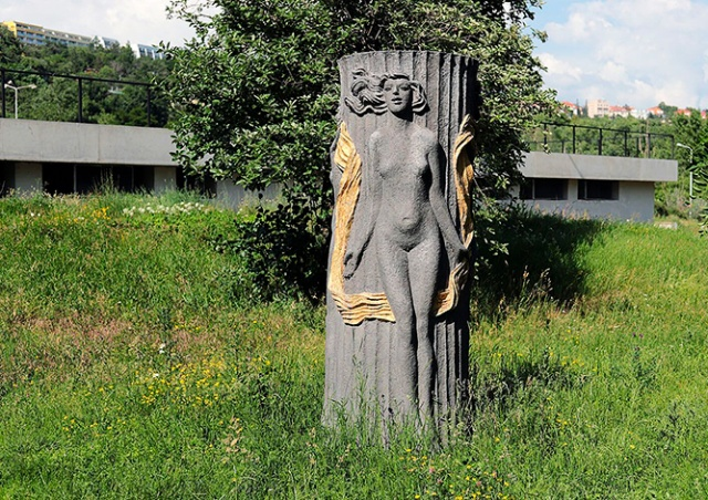 Прага запустила онлайн-карту уличных скульптур