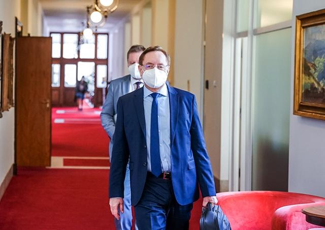 Минздрав Чехии: доступность бесплатных тестов на коронавирус снизится