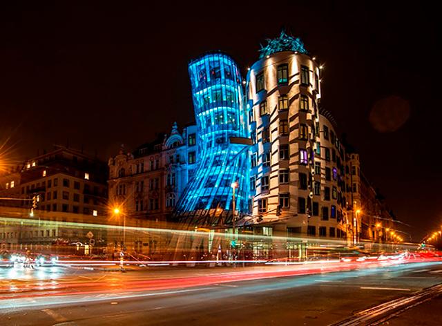 Несколько достопримечательностей Праги изменят подсветку на один вечер