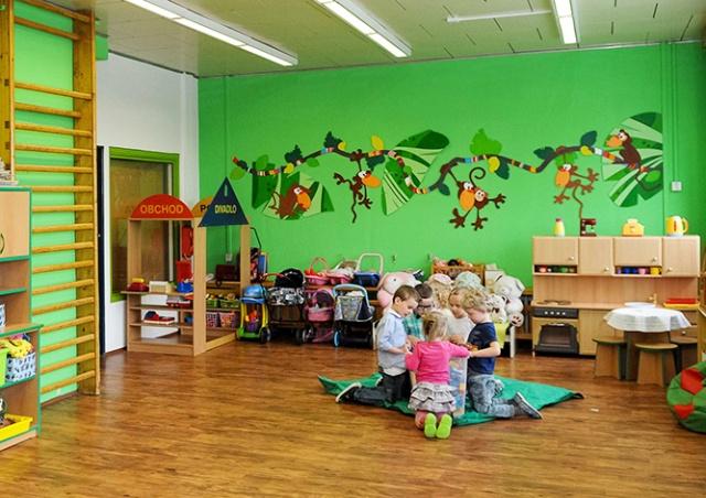 Полиция Чехии вновь проверяет все детские сады из-за анонимной угрозы