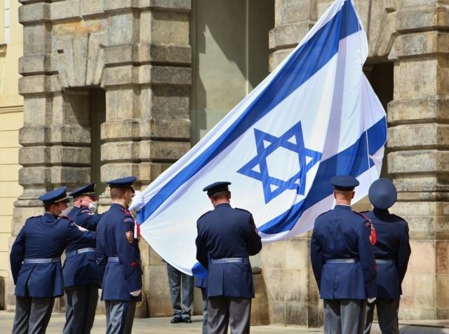 Премьер-министр Израиля поблагодарил Чехию за поддержку