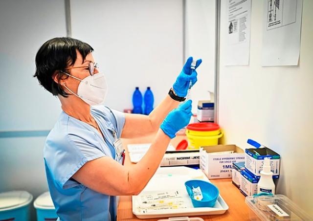В Чехии с 4 июня откроется запись на вакцинацию для возрастной группы 16+