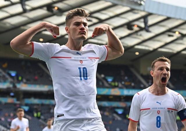Сборная Чехии досрочно вышла в плей-офф чемпионата Европы