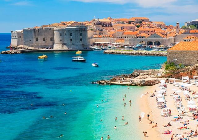 Хорватия изменила условия въезда для туристов из Чехии