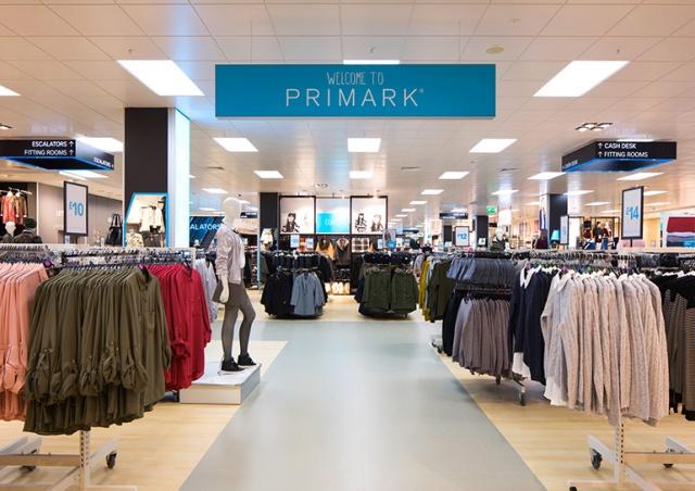 В Праге открывается первый магазин Primark: видео