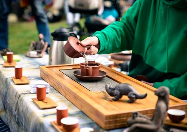В Праге пройдет фестиваль чайного искусства Čajomír Fest