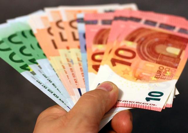 Опрос: большинство жителей Чехии против перехода на евро