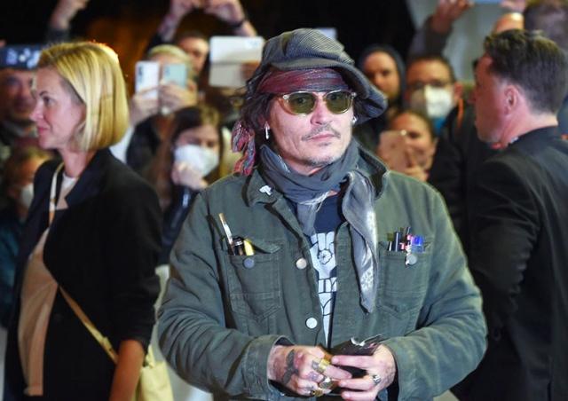 Джонни Депп прибыл в Карловы Вары: видео