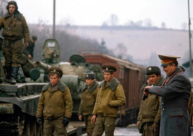 Сенат Чехии поддержал создание Дня ухода оккупационных войск
