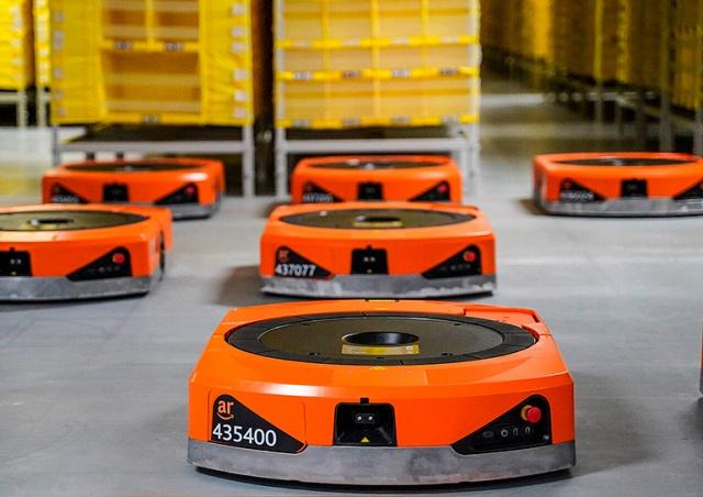 Amazon построит в Чехии роботизированный склад