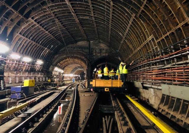 Мобильным сигналом покрыли еще две станции пражского метро