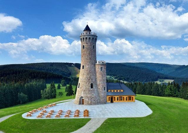 В Чехии открыли новую смотровую башню