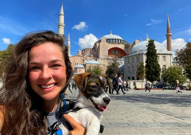 Студентка за 104 дня пешком дошла из Чехии до Стамбула
