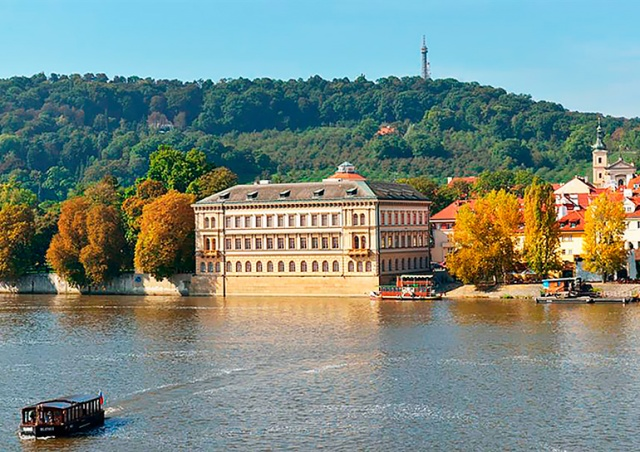 День открытых дверей в Лихтенштейнском дворце Праги