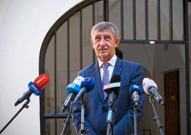Минздрав Чехии готовит новое смягчение карантинных ограничений