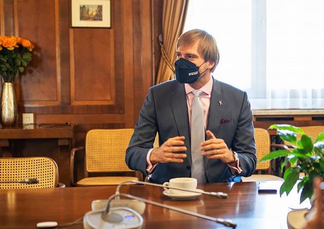 Минздрав Чехии планирует изменить карантинные меры
