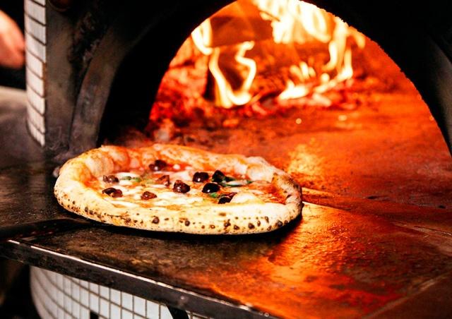 Пражская пиццерия вошла в список лучших за пределами Италии