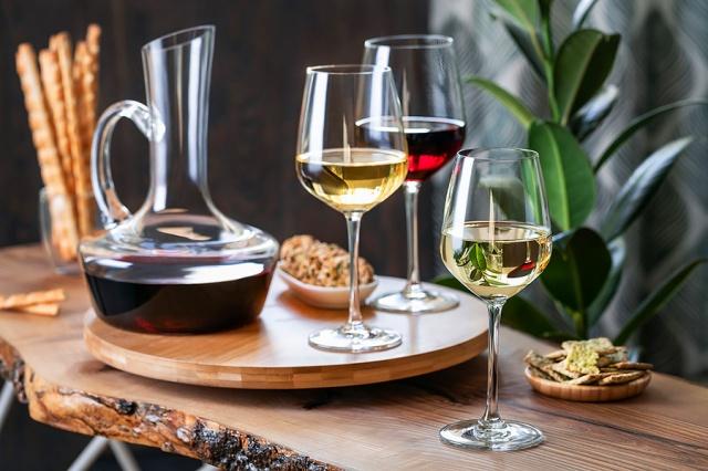 Пражский магазин LÁHVE: объявил распродажу итальянских вин