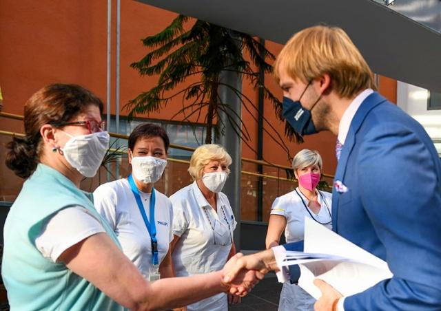 Минздрав Чехии не планирует менять действующие карантинные меры