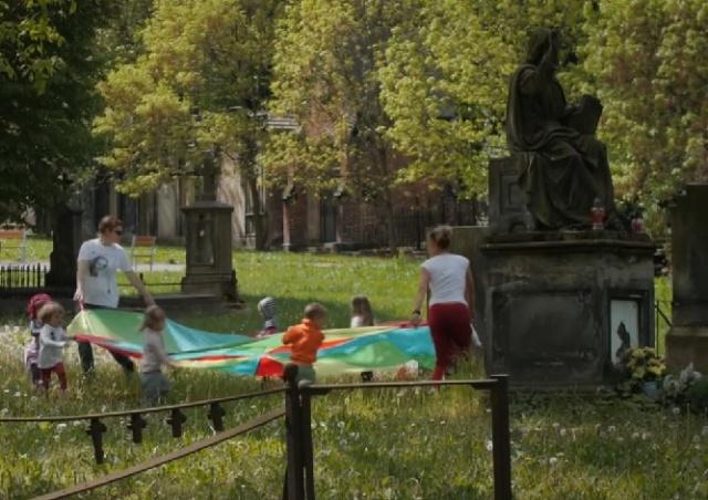 В Праге на одном из кладбищ открыли детский сад