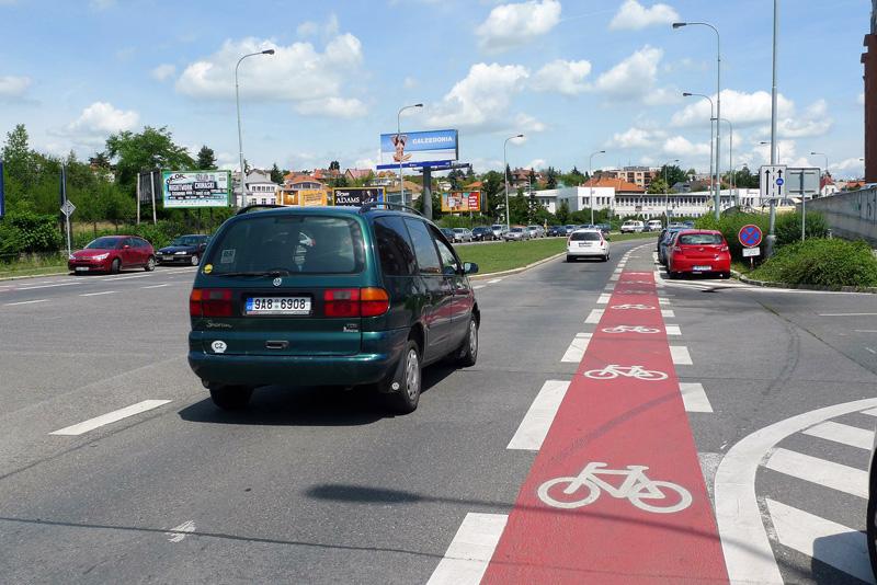 Велосипедная полоса в Чехии
