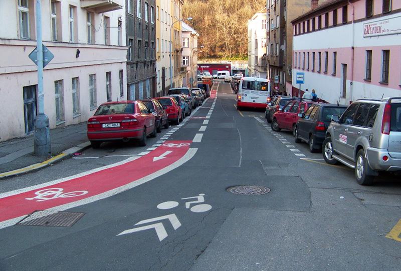 Велосипедная полоса в обратном напарвлении