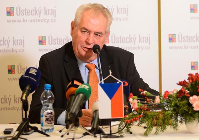 Президент Чехии поддержал наем украинцев: они хотят и умеют работать