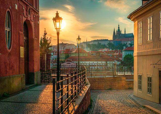 Безопасной Прагу назвали 100% иностранных туристов