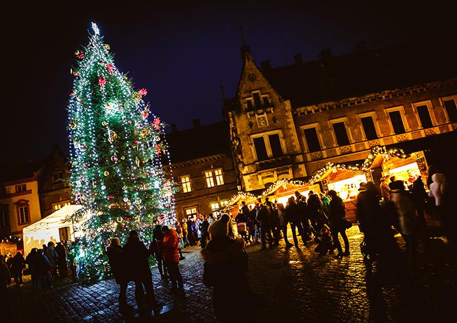 Фото: рождественская ярмарка на Пражском Граде