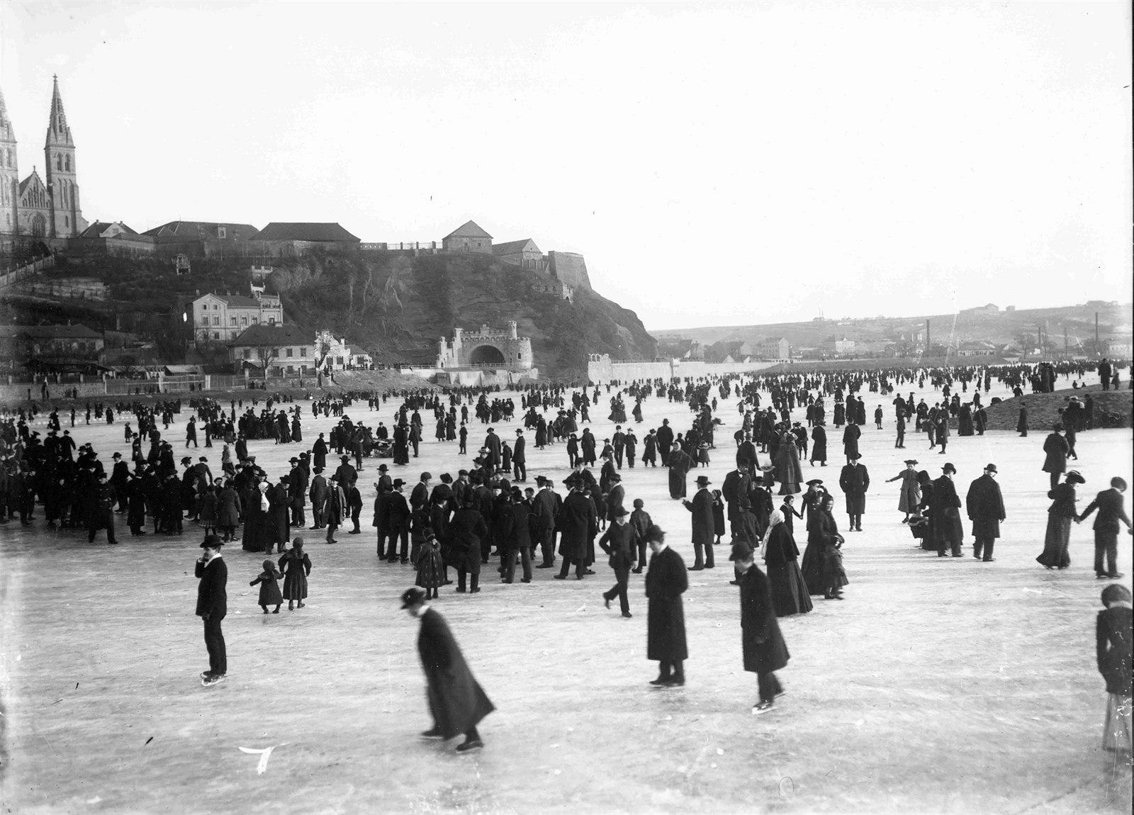 Каток под Вышеградом, 1905 год