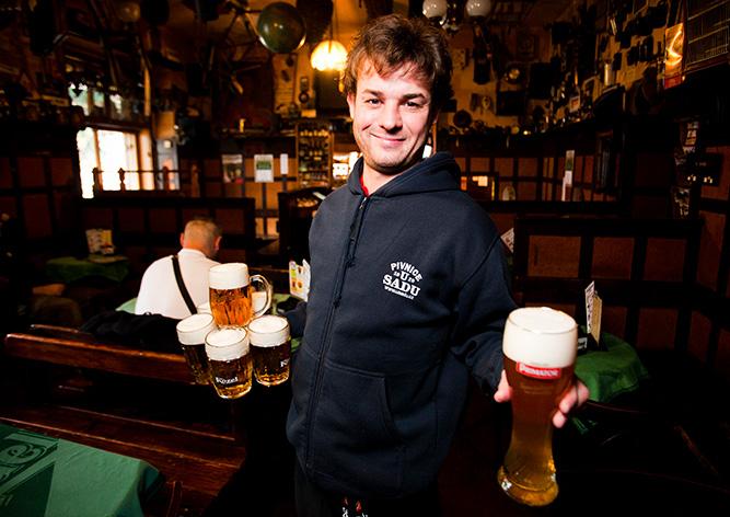 пиво-официант