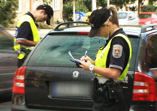 Водителей в Чехии начнут оповещать о штрафных баллах