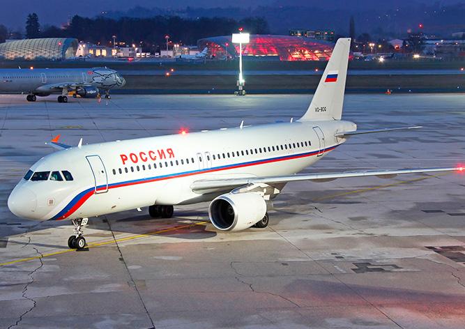 Московская школьница без билета пробралась в самолет и улетела в Петербург