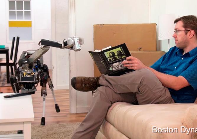 Видео: Boston Dynamics научила робота приносить пиво