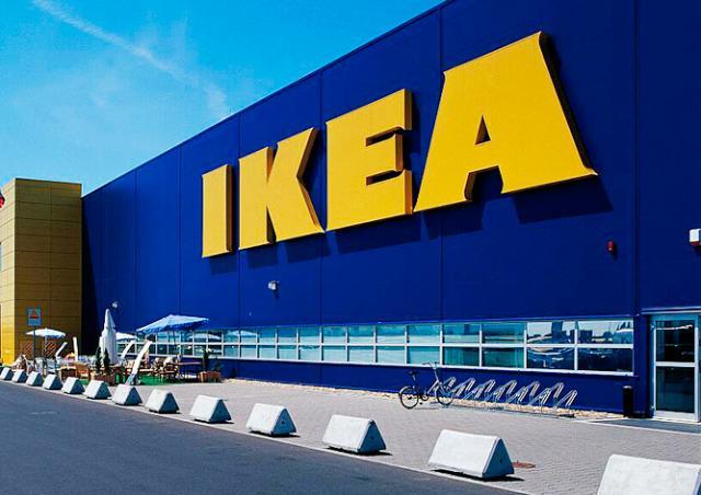IKEA начала выкупать в Праге подержанную мебель