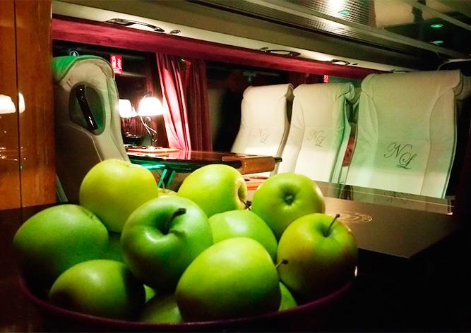 Из Праги в Швейцарию начал ходить самый роскошный автобус в Европе