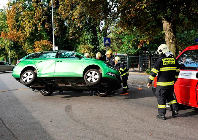 В Праге автомобиль впервые сам вызвал помощь после ДТП