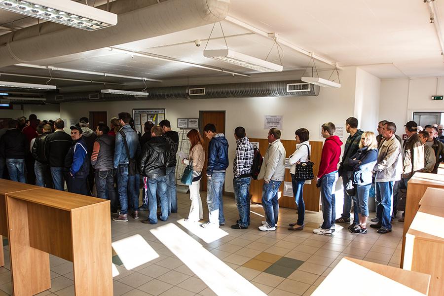мигранты-иностранцы-в-Праге