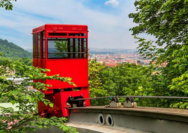 Выпущен путеводитель по малоизвестным местам Праги