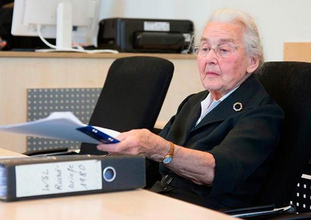 В Германии 88-летнюю пенсионерку приговорили к тюрьме за отрицание Холокоста