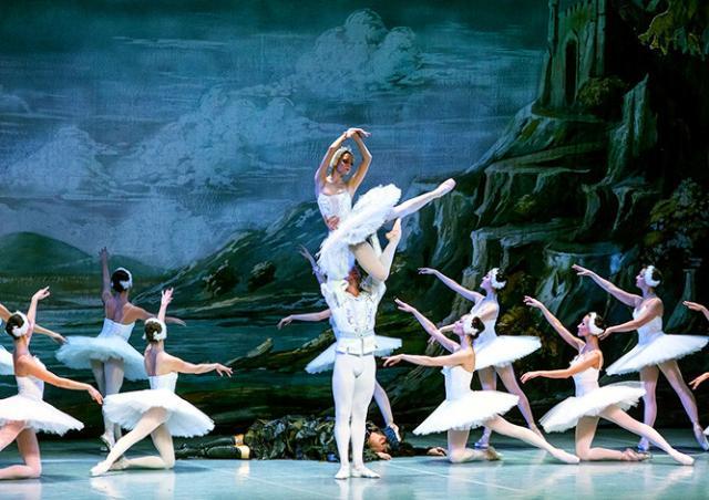 St. Petersburg Festival Ballet покажет в Чехии «Лебединое озеро» и «Жизель»