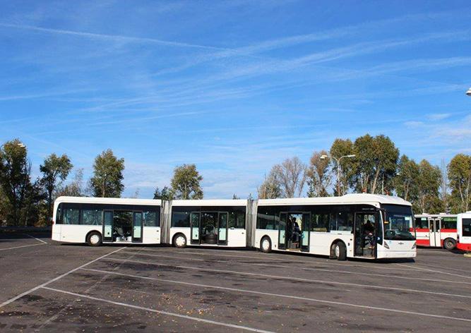 Пражане смогут прокатиться на самом длинном в истории Чехии автобусе