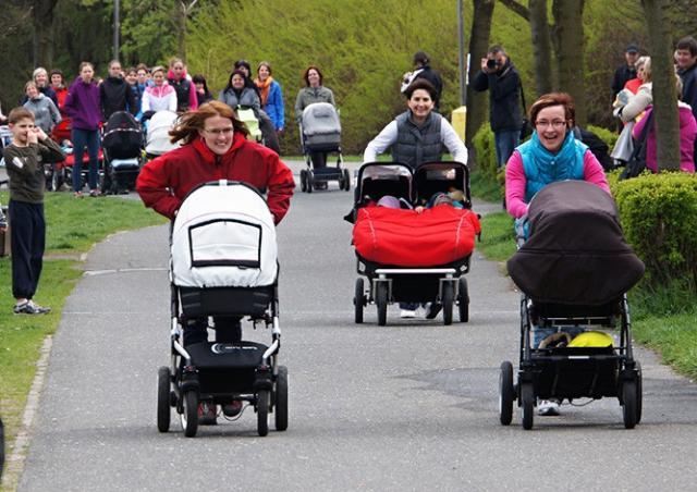 В субботу в Праге пройдут гонки детских колясок