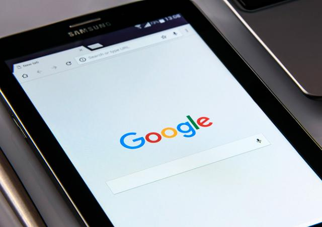 Google переименовал Чехию
