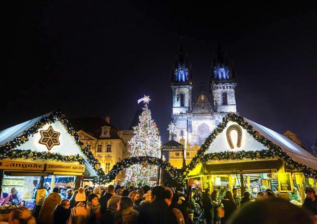 Прага попросила интернет-пользователей оценить рождественские ярмарки