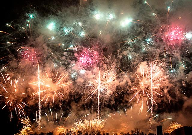 Прага пригласила горожан и туристов на новогодний фейерверк