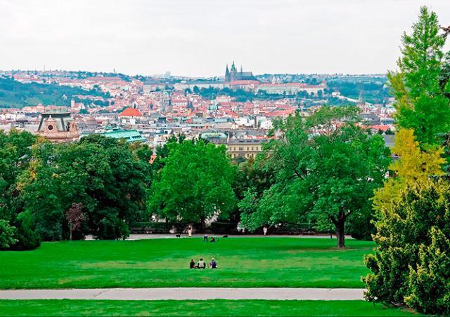 Прага создаст приложение для жалоб на неудобства в городе